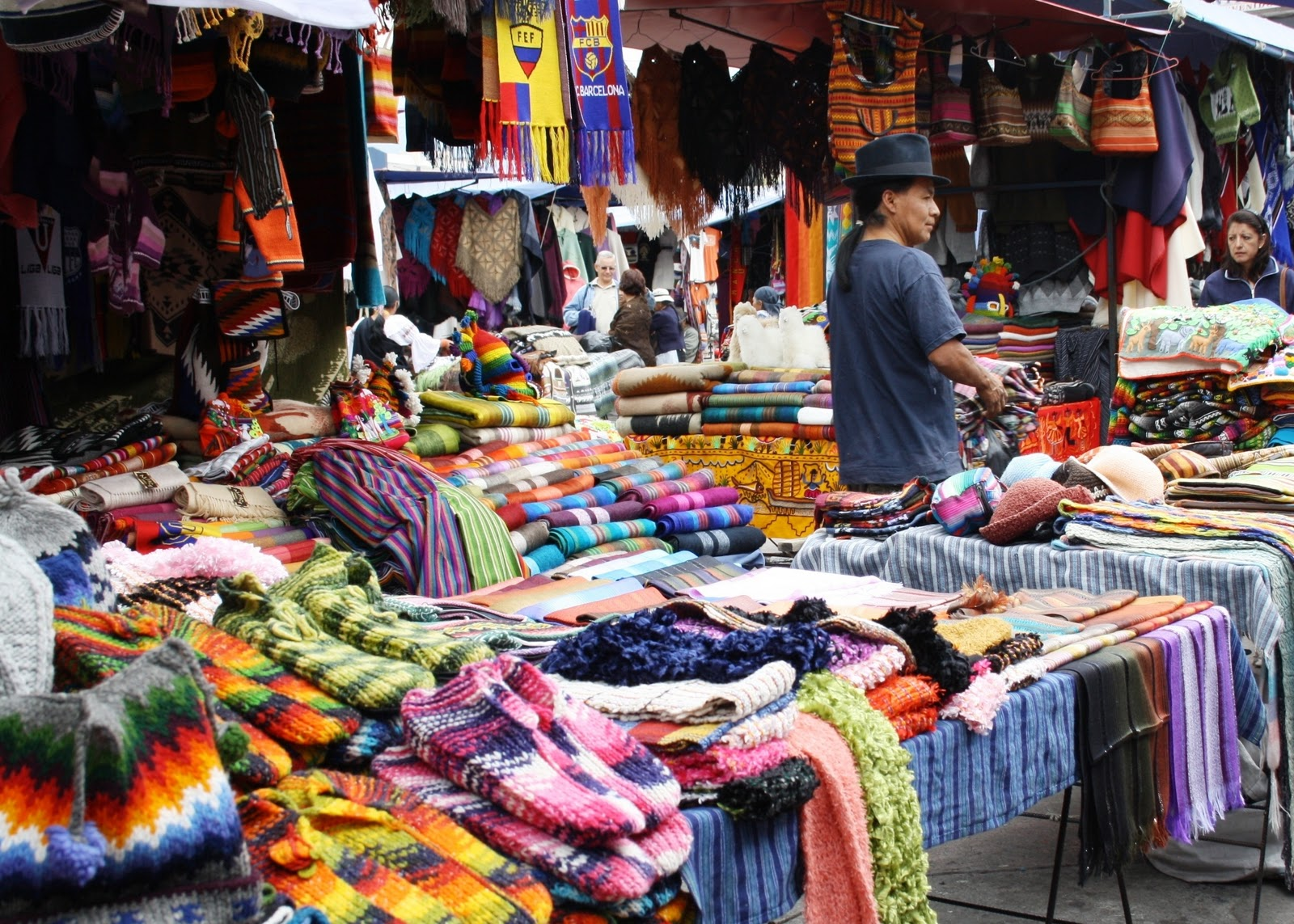 Otavalo Market – Travel to Ecuador and Galapagos Premier ...
